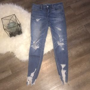 "American Eagle Distress Jean ""Jegging""- Sz6"